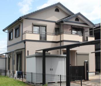 デザイン塗装の家